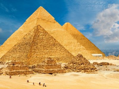 giza-plateau-pyramids